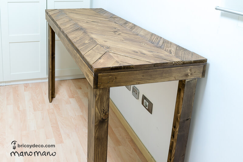 DIY Pallet Table the handy mano mano tutorial finished